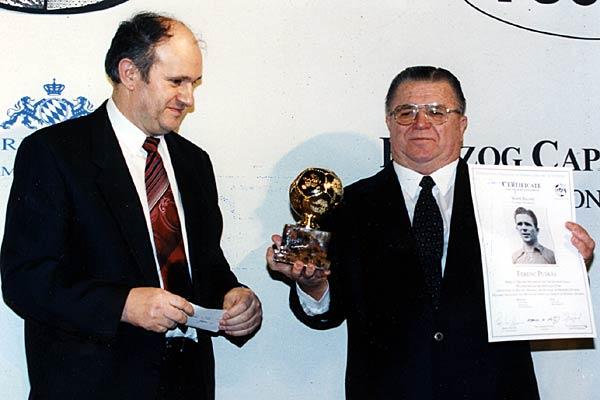 La Fifa crée le prix Puskas du but de l'année (VIDEO)