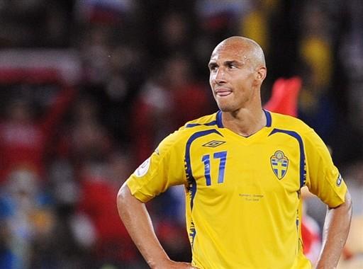 Henrik Larsson raccroche