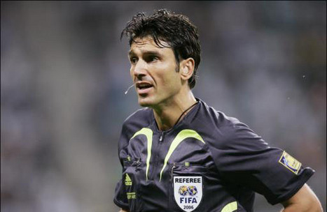 Massimo Busacca : l'arbitre de tous les excès (VIDEO)