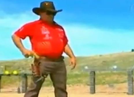 L 39 homme qui tire plus vite que son ombre video buzzraider - L homme qui lit le plus vite au monde ...