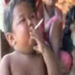 A 2 ans, il fume 40 cigarettes par jour (VIDEO)