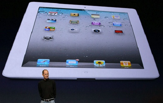 Steve Jobs dévoile l'iPad 2 (PHOTOS ET VIDEO)