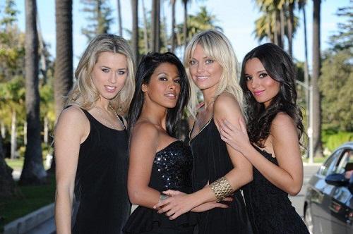 http://www.buzzraider.fr/wp-content/uploads/2012/02/ayem-hollywood-girls.jpg