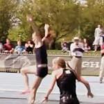 Une blonde qui fait de l'athlétisme ! (VIDEO)