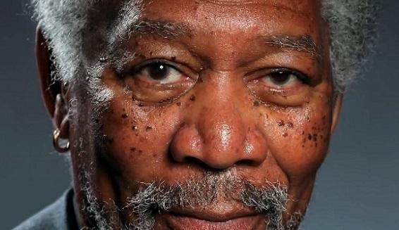 Il réalise un portrait hyperréaliste de Morgan Freeman sur son iPad (VIDEO)