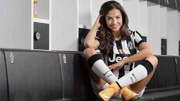 Laura Barriales, le nouvel atout charme de la Juve (vidéo)