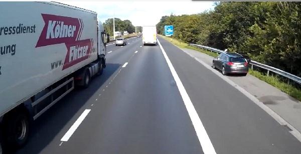 Spectaculaire accident de la route en Belgique (vidéo)