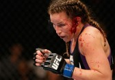 leslie smith vs jessica eye