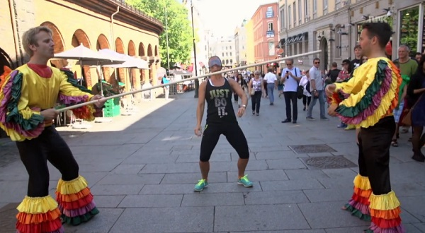 Comment ridiculiser des gens dans la rue ? (vidéo)