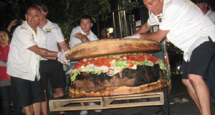 Plus grand sandwich