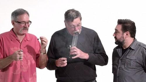 3 ex-flics fument du cannabis pour la première fois !