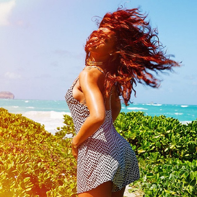 rihanna-hawaii 2015 (2)