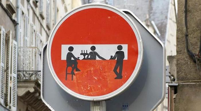 panneau-rigolo sens-interdit
