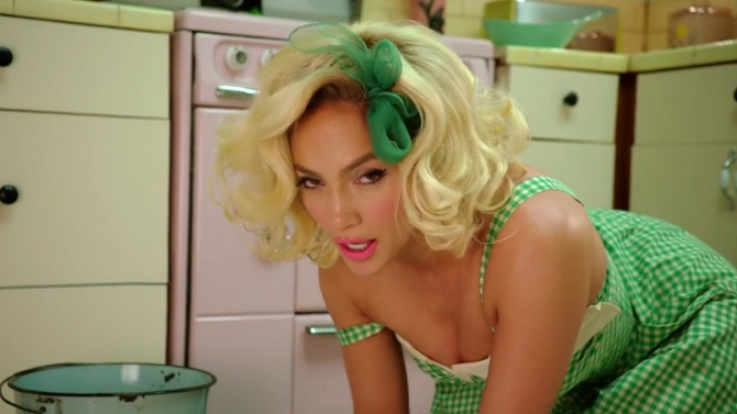 Jennifer Lopez – Ain't Your Mama (clip)