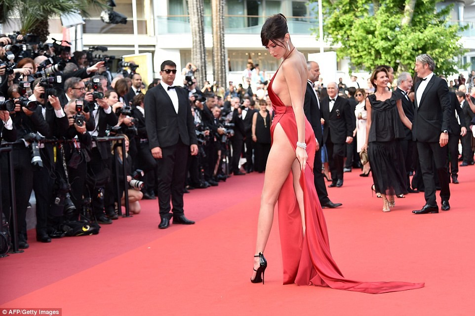 bella hadid red dress cannes 2016 (10)
