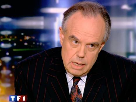 Frédéric Mitterrand répond « je ne démissionnerai pas » à ses détraqueurs
