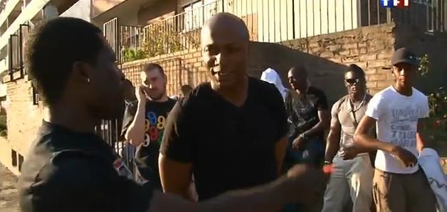 Harry Roselmack : Derrière les murs de la cité (Villiers-Le-Bel) le 24/11/09 (VIDEO)