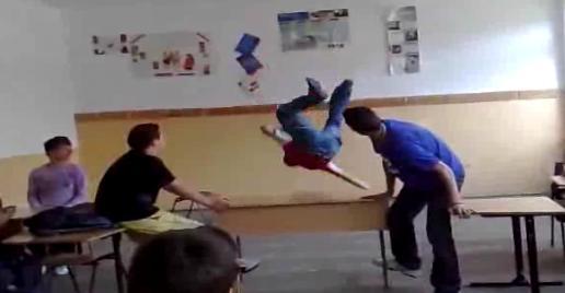 Compilation des vidéos buzz du mois de novembre 2009 (VIDEO)