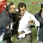 Turquie : Un entraîneur poignardé en plein match (VIDEO)