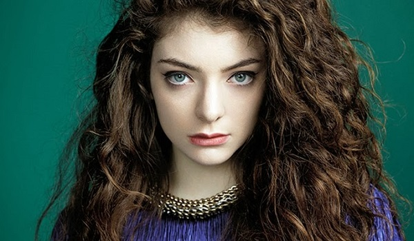 Hunger Games 3 : Lorde dévoile le clip de Yellow Flicker Beat (clip)
