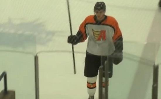 Un joueur de hockey se ridiculise lors de sa sortie ! (vidéo)