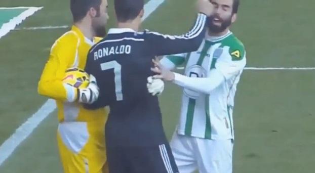 Cristiano Ronaldo, exclu pour avoir agressé un adversaire (vidéo)