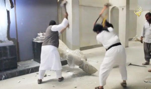 Des djihadistes détruisent le musée de Ninive en Irak (vidéo)
