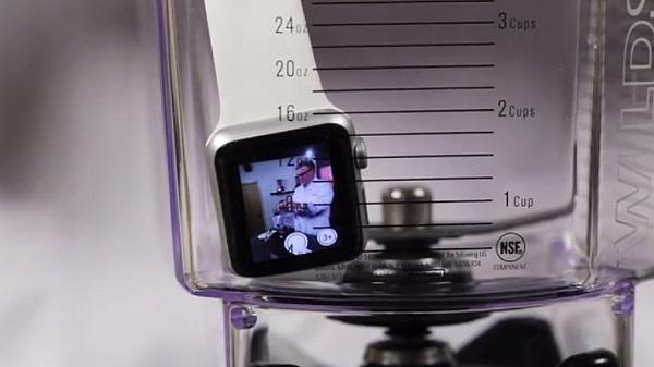 Que se passe-t-il quand on met un Apple Watch dans un mixeur ?