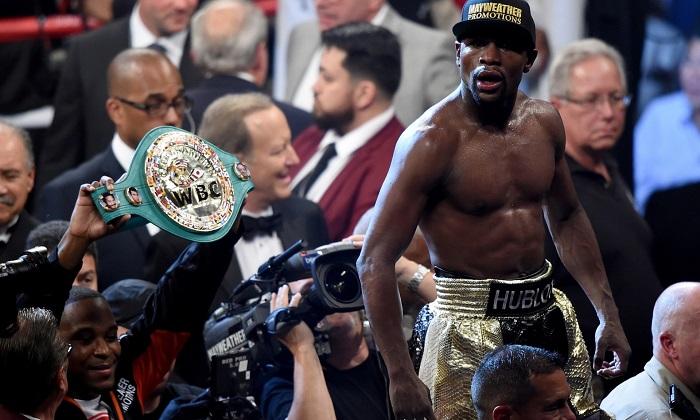 Floyd Mayweather remporte le «combat du siècle» face à Manny Pacquiao