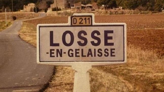 11 panneaux insolites rencontrés sur les routes de France !