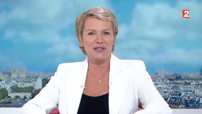 Elise Lucet en larmes pour son dernier JT de 13 heures sur France 2